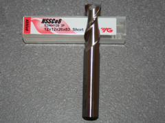 HSSE-CO8, 2 Schneiden 42° Rechtsspirale kurz 12.00mm, unbeschichtet